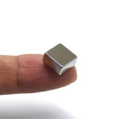 10x10x5mm Singapore magnet