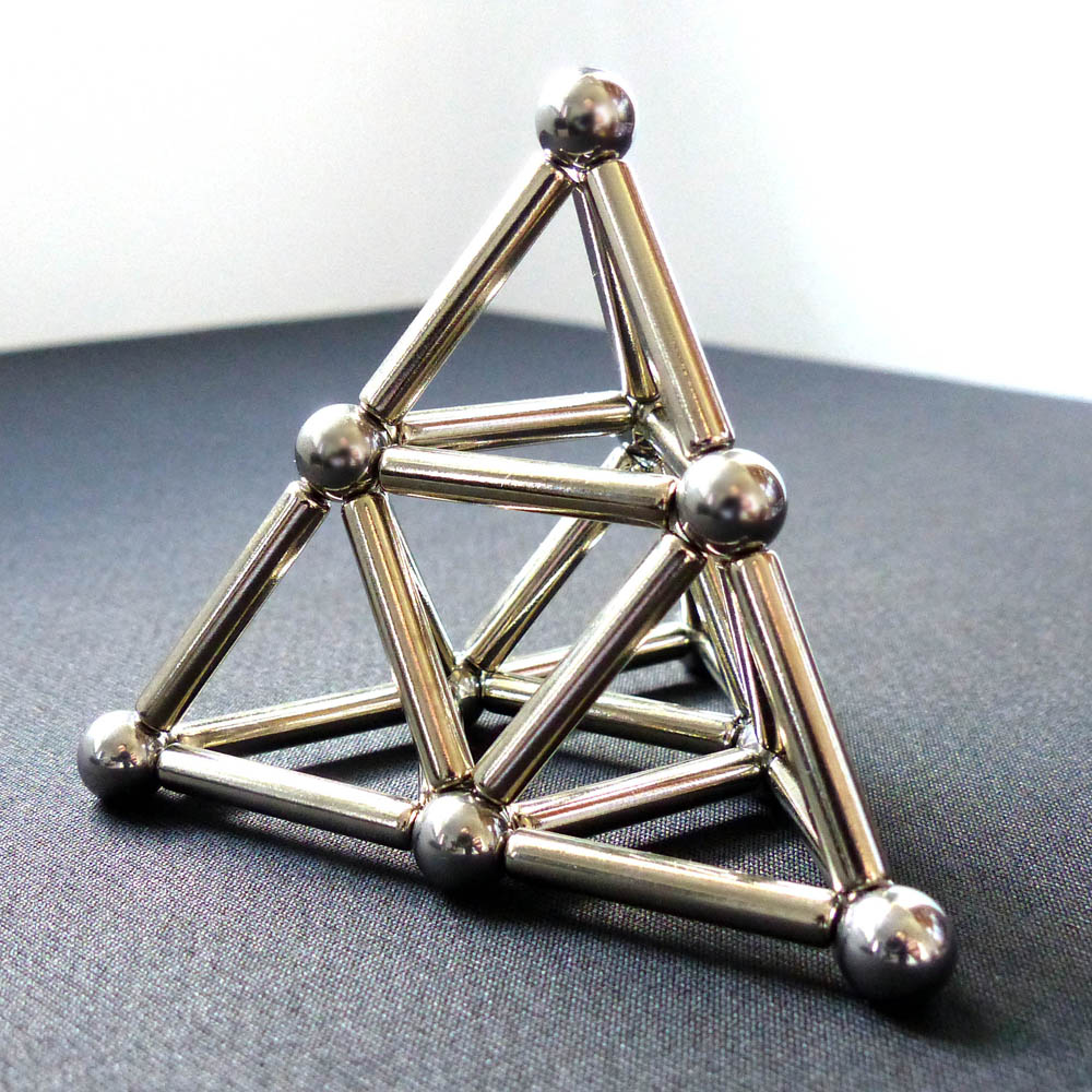 Magnetic Sclupture Pyramid using rod neodymium magnets and steel balls
